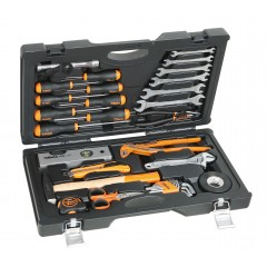 UTILITY CASE WITH 33 TOOLS...