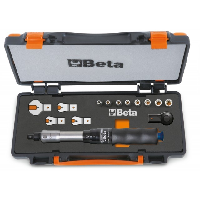 Assortment of 1 torque bar item 604B/5, 1 reversible ratchet, 8 hexagon sockets and 4 open jaw wrenches in sheet metal case with