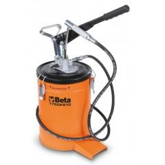 Ingrassatore a leva da 10 kg con tubo ad alta pressione da 2 m. - Beta 1750KG10