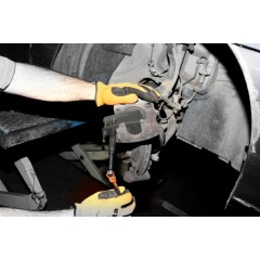 Arretratore pistoncini freni a disco anteriori con pinze chiuse - Beta 1471D2