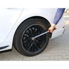 chiave dinamometrica per ruote auto