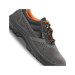Classic safety shoes Beta